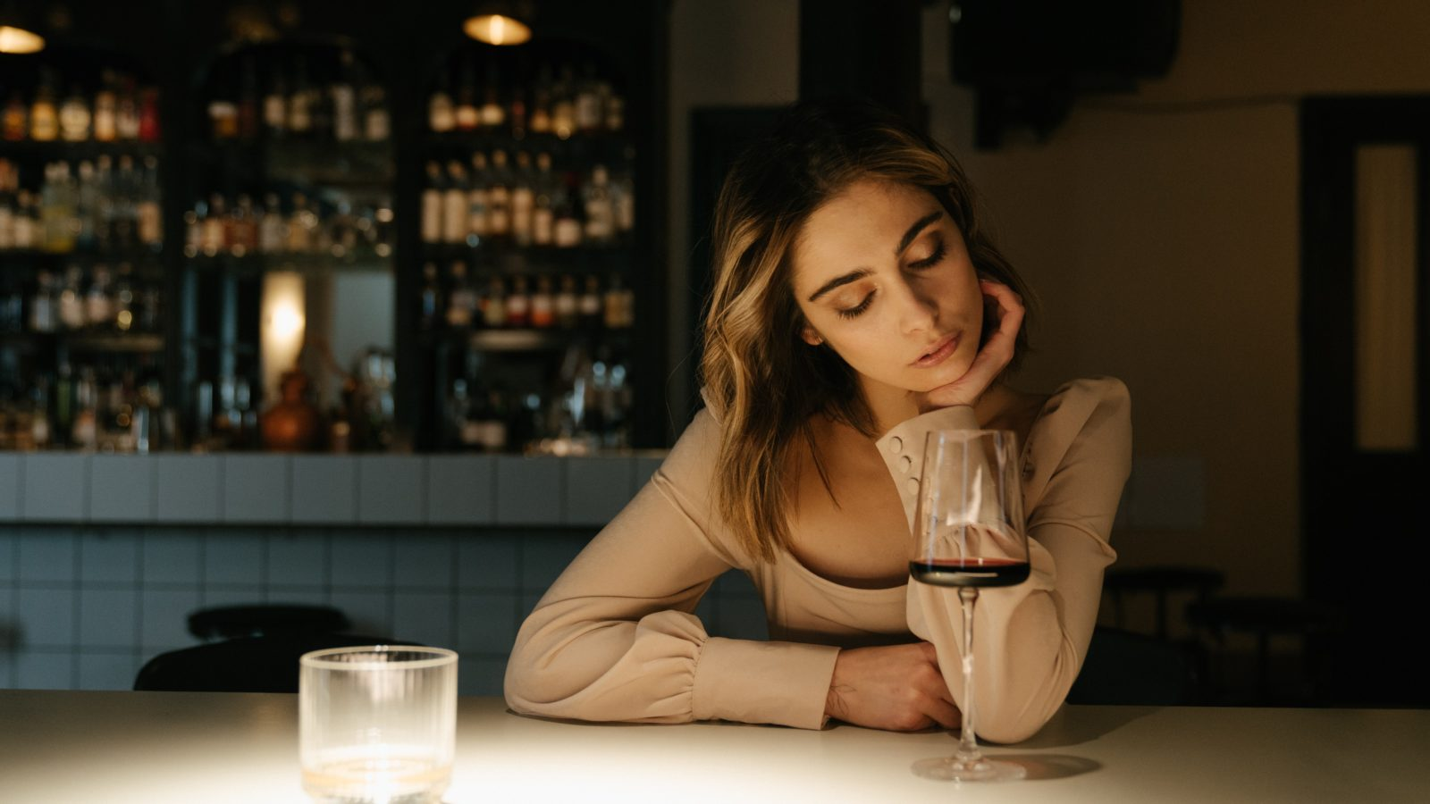 4 date conversation mistakes that turn off women 2