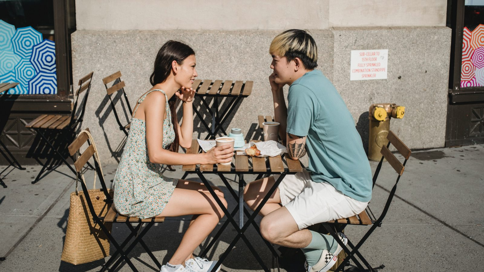 4 date conversation mistakes that turn off women 3